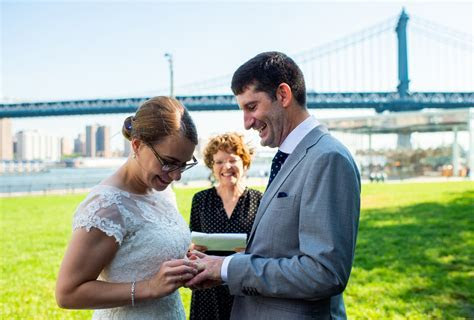 NYC Elopement Photographer   De Nueva Photography