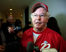 Texas Congressman Joe Barton apologizes for nude photo
