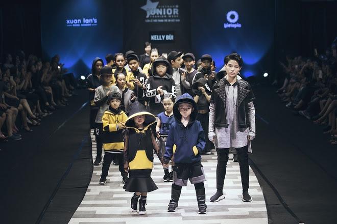 Vũ Cát Tường cùng học trò cưng The Voice Kid tỏa sáng trong đêm diễn cuối của Tuần lễ Thời trang Thiếu Nhi - Ảnh 22.