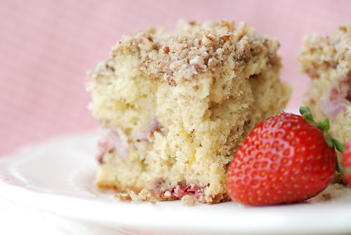 strawberry crumb cake 2