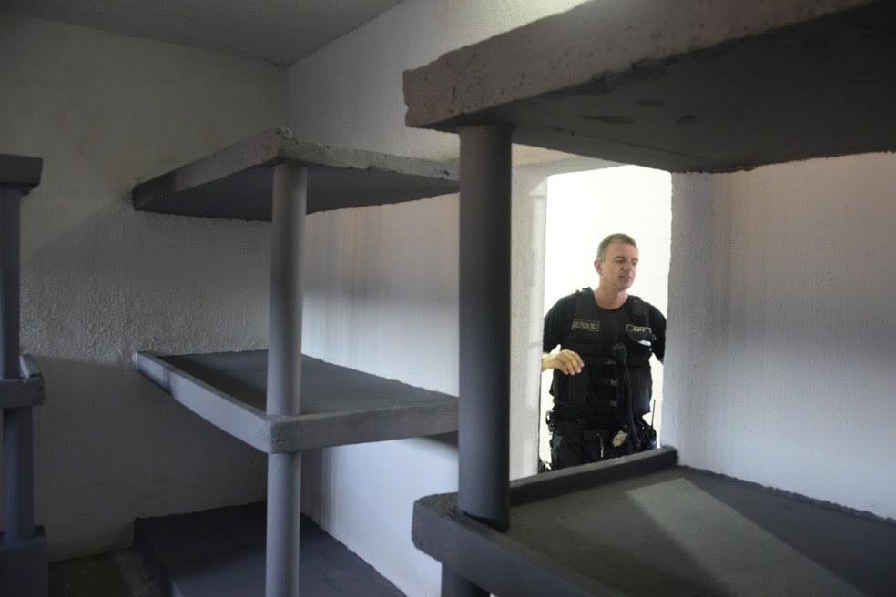 O interior das celas tem segurança reforçada (Foto: Andréa Tavares/G1)