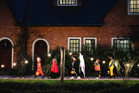 6 trick or treat safety tips from Toyota of Orlando | Toyota of Orlando