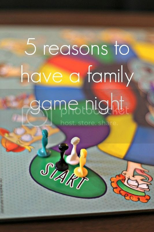 5 Reasons to have a family game night