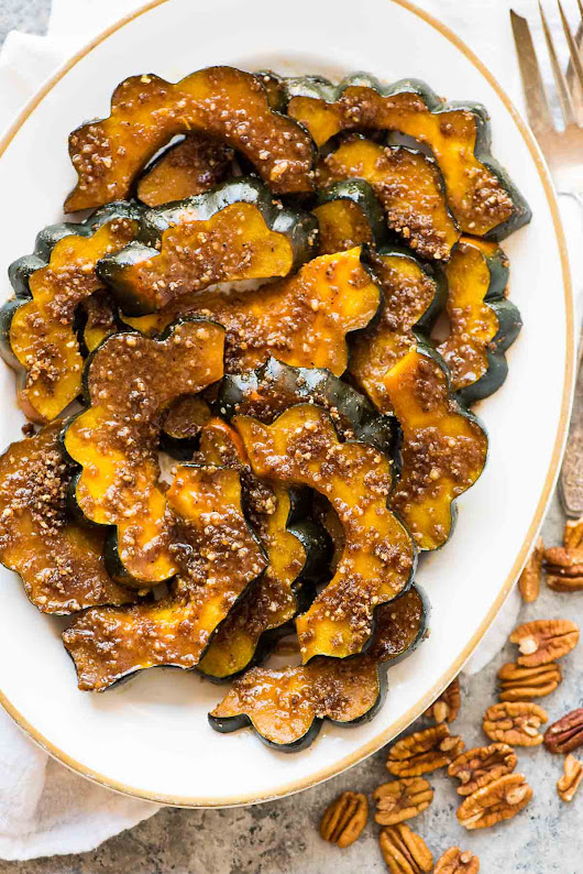 Baked Acorn Squash Slices with Brown Sugar and Pecans