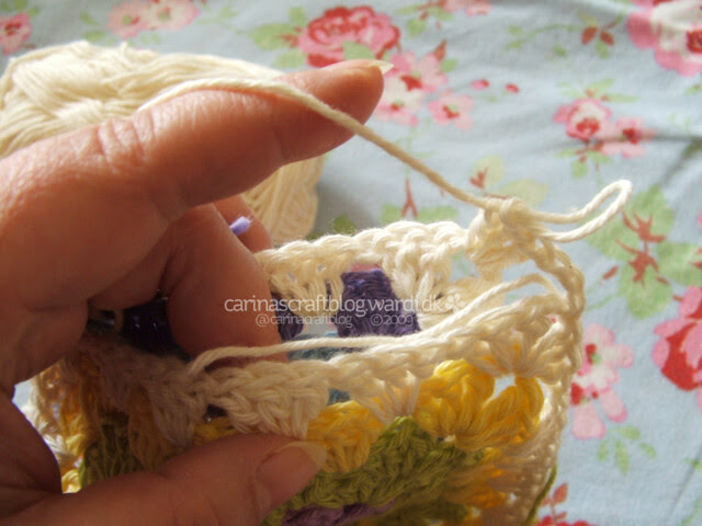 Crochet tutorial: joining granny squares 7