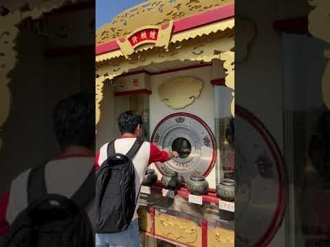 高雄左營-北極亭 玄天上帝神像(蓮池潭)-聲光效果十足的電動許願鐘-xuan tian shang di shen xiang