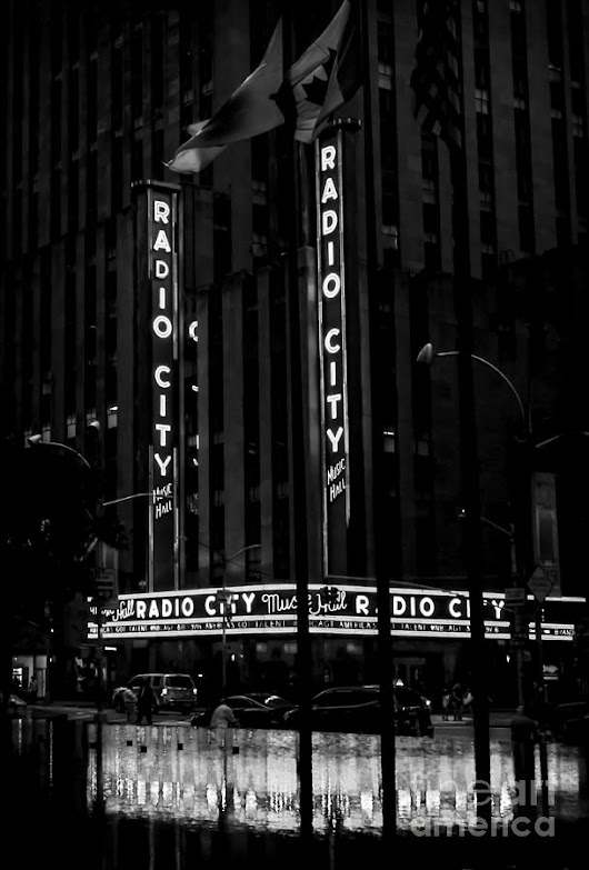 Radio City Music Hall At Dawn - Bw by James Aiken