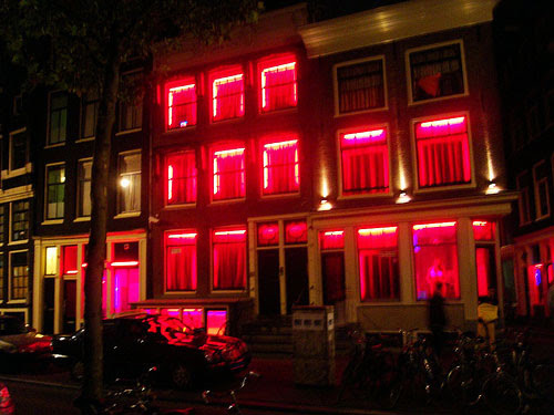 Belanda memang telah melegalkan industri seks Cuma di Negara Ini Ada Sekolah Khusus Untuk Menjadi PSK Profesional