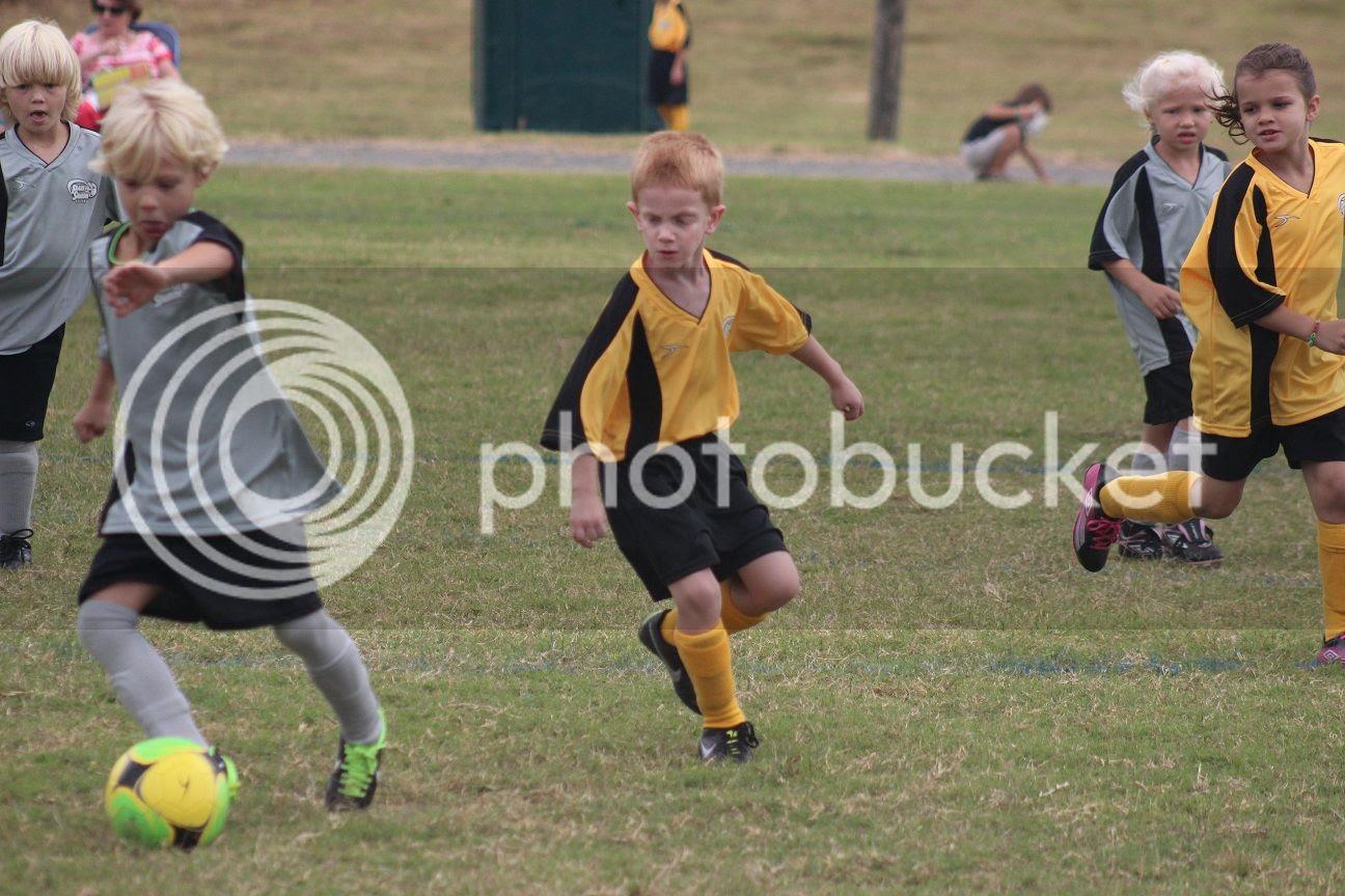 photo soccer18_zpsbc420744.jpg
