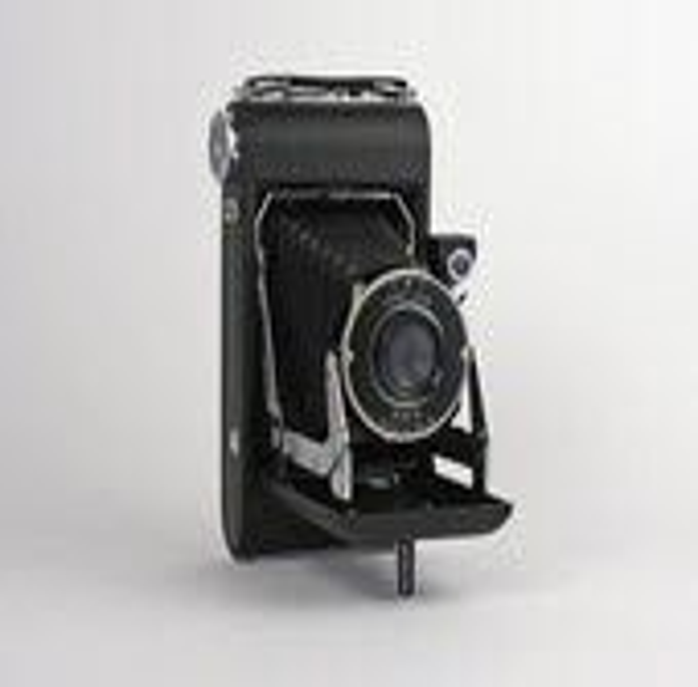 Kodak Vigilant Junior SIX-20 Camera with Original Box and Manual - Road10