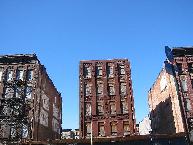 File:Abandon buildings harlem urban decay.JPG