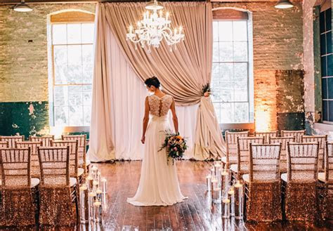 Elegant vintage wedding inspiration at Monroe Cotton Mills