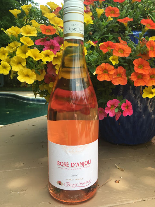 Rosé from the Loire Valley, so refreshing and easy to drink, Remy Pannier Rosé d'Anjou 2016