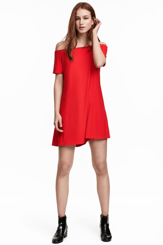 Dạo 1 vòng H&M và Zara, bạn có thể vơ được cả rổ váy đỏ có giá dưới 1 triệu mà tha hồ diện Tết này - Ảnh 11.