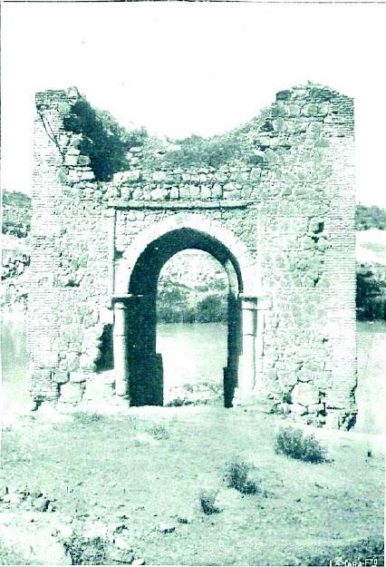 Baño de la Cava a principios del siglo XX.