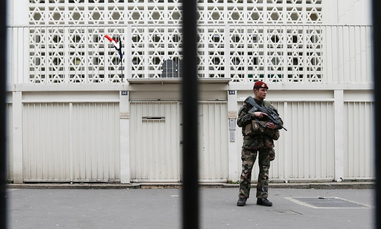 A Jewish school under guard in Paris.