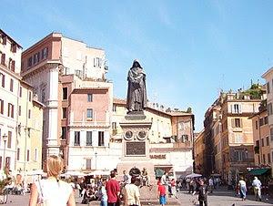 The monument to philosopher  Giordano Bruno (w...