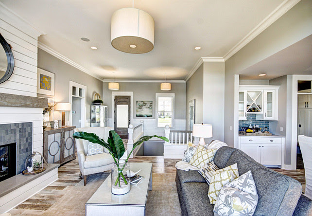 Ranch Style Home With Transitional Coastal Interiors Home Bunch