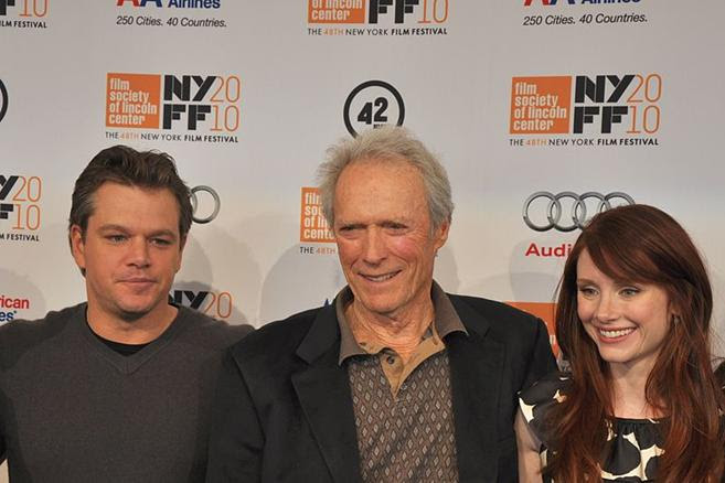File: Matt Damon - Clint Eastwood - Bryce Dallas Howard - 2010 Nova York Film Festival.jpg