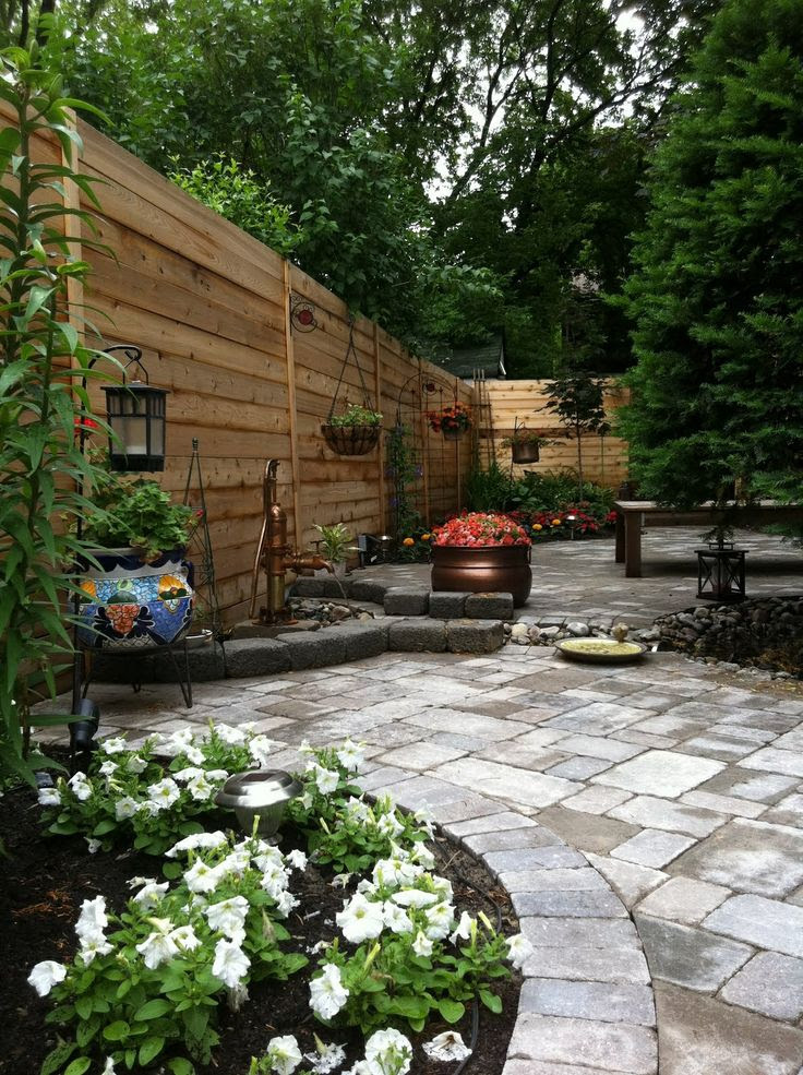 Small Narrow Back Yard Landscaping Ideas