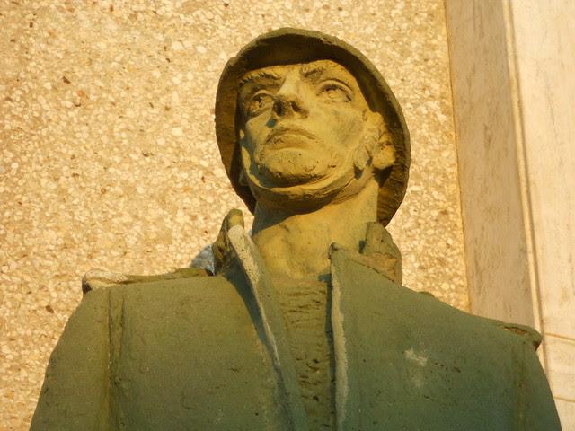 Monumento ai caduti,Virgilio Milani, Borsea