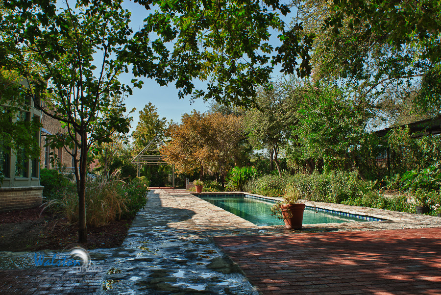 zaza gardens san antonio wedding venue Outdoor ceremony area