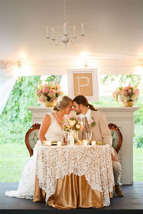 Sweetheart table. Blush and gold wedding. fall rustic