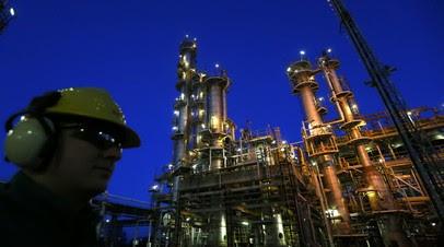 На Украине назвали ударом подписание Венгрией газового контракта с Россией