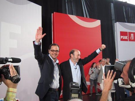 Alfredo Pérez Rubalcaba Junto A César Luena En Riojaforum