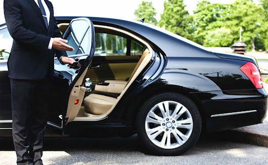 How to Choose the Right Airport Limo Service