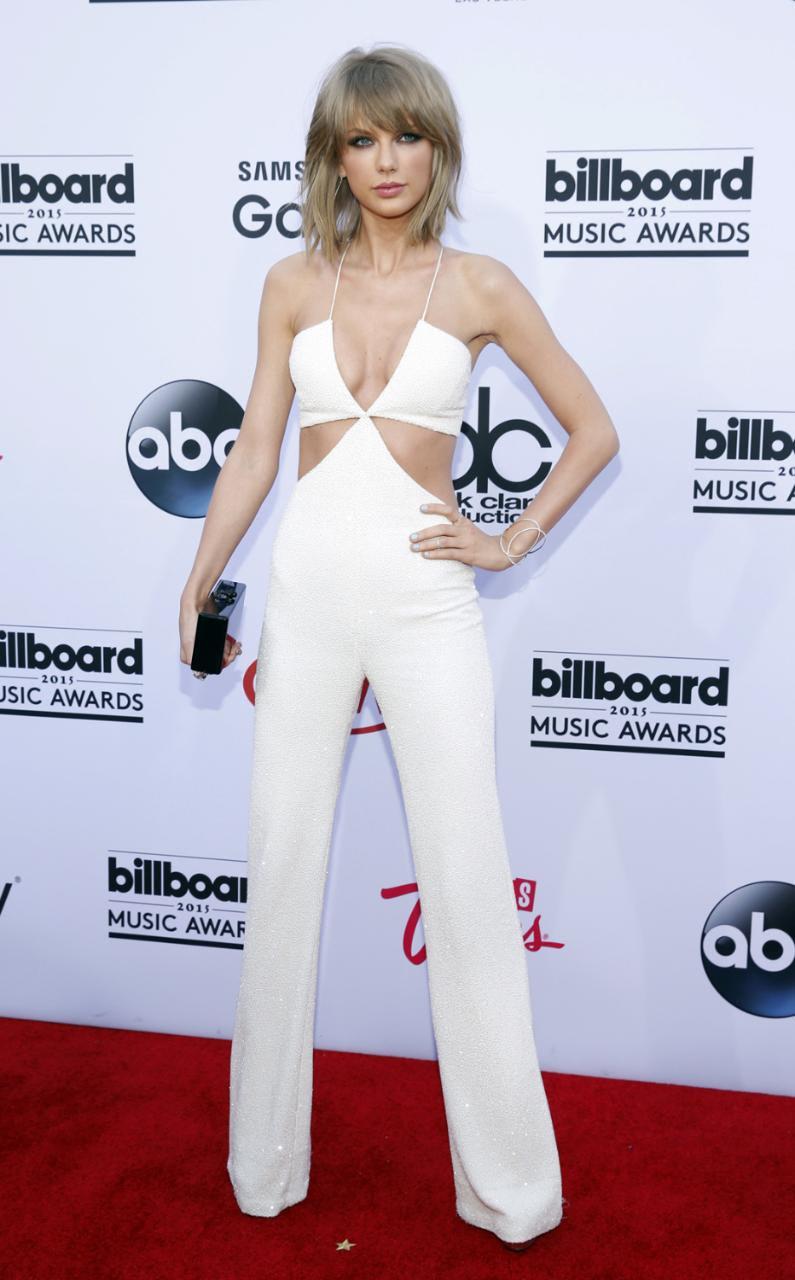 Taylor Swift in Balmain at the Billboard Music Awards