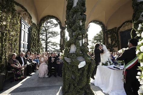 Civil Outdoors Wedding Ceremony   LEO Eventi   Italy