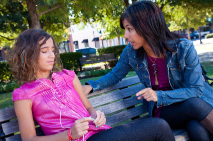 Post image for 7 Surefire Ways to Shut Down Communication With Your Teenage Daughter – Part 1