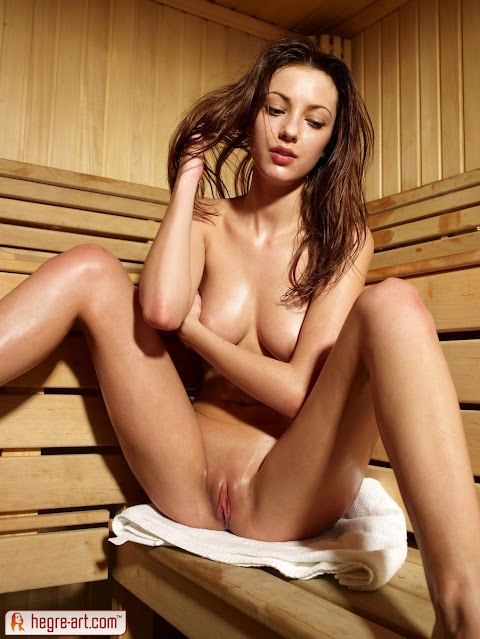 Anna S Nude Pics (@Tumblr) | Top 12 Hottest