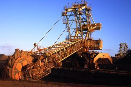 Миноритарный акционер ММК подал суд на сделку с Flinders Mines