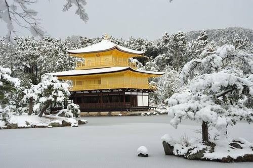 雪の金閣寺 Kinkakuji in snow