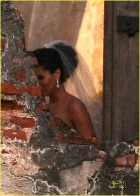 roselyn sanchez wedding pictures   photo