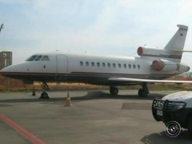 Leilão é destinado para empresários que precisam viajar (Foto: Reprodução/TV TEM)