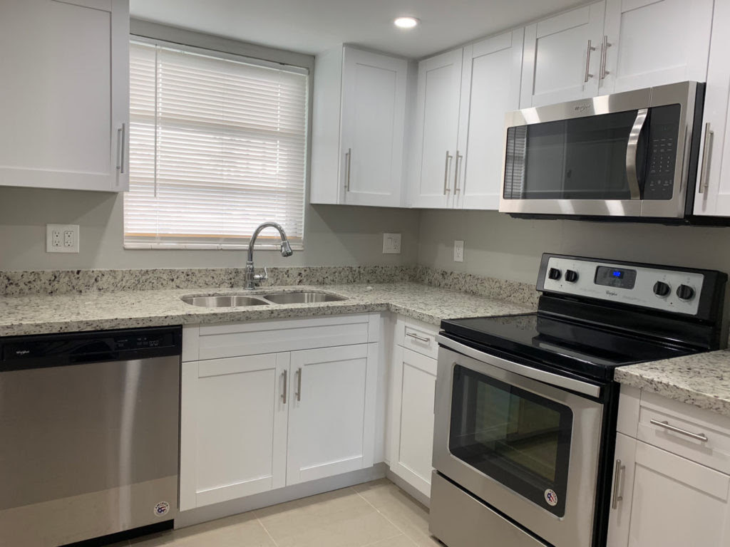 Small Kitchen Remodel with White Shaker Cabinets — Miami ...