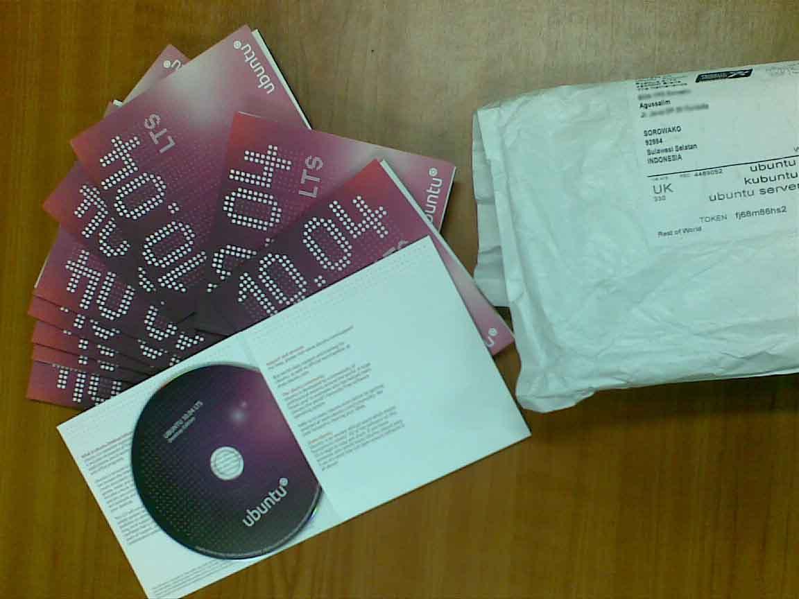 Akhirnya kiriman CD ubuntu 10.04 dari canonical datang...