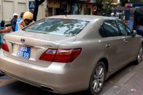 Hình ảnh Xe Lexus giá tiền tỷ mang biển xanh 80A-919.99 giả số 1