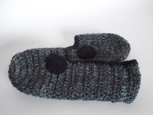 House ShoesSlippers Reclaimed Recycled Yarn Sz by hotflashknitting