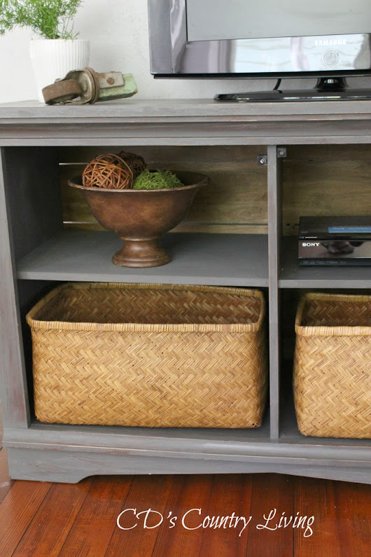 Media Stand Makeover - CD's Country Living