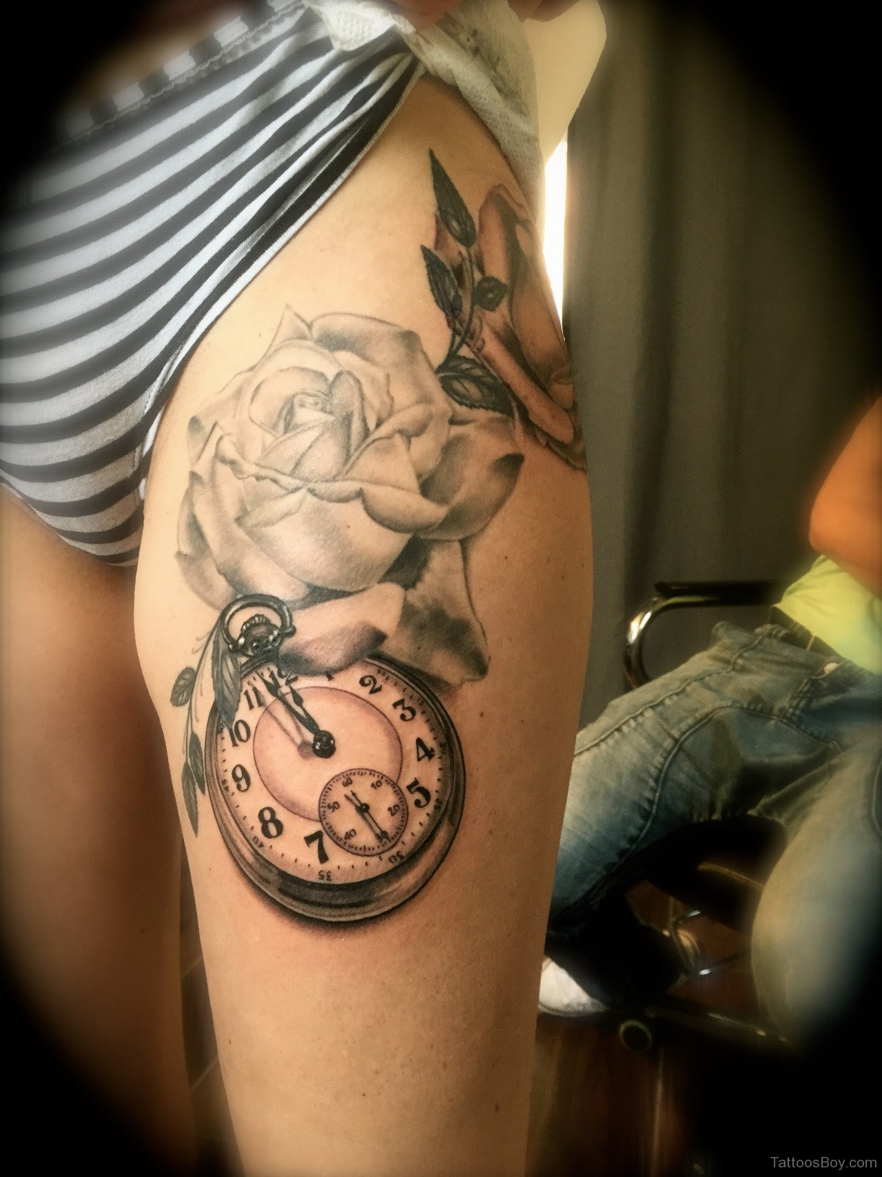 Rose And Clock Tattoo Design On Thigh Tattoo Designs Tattoo Pictures