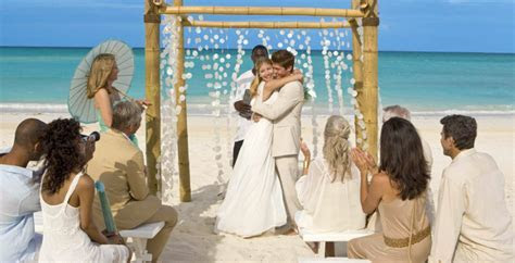 Sandals Resorts   VIP Vacations Inc. ? Honeymoon