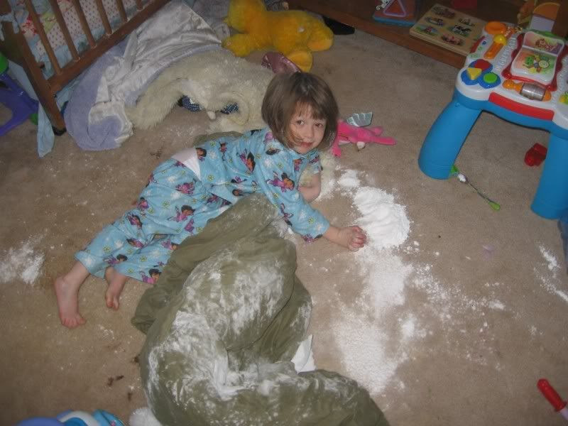 Ayla,powdered sugar,mess