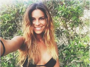 Carolina Loureiro sensual nas redes sociais em tempos passados