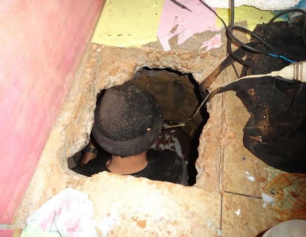Durante revista, agentes encontraram túnel no interior de uma cela (Foto: Seres/Divulgação)