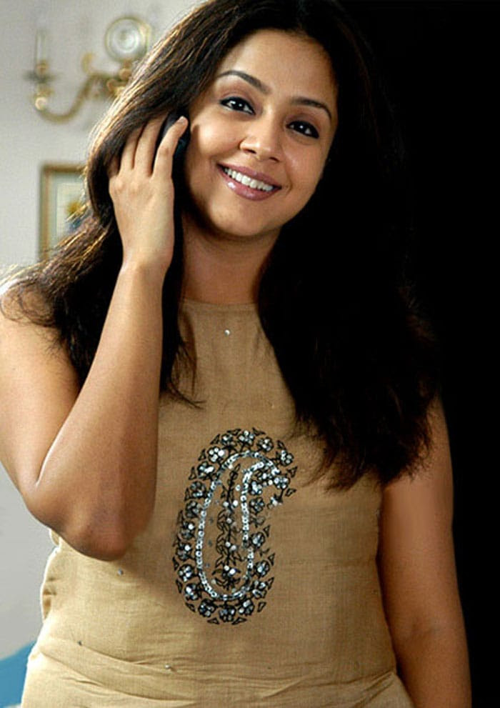 Jyothika Indian tamil film actress very hot and sexy ...