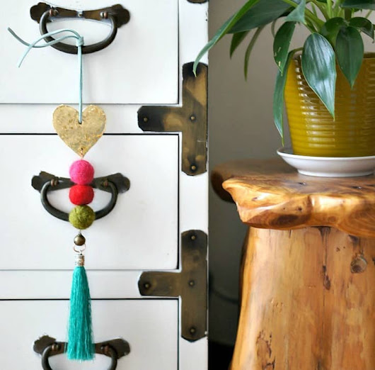 Global Eclectic Doorknob Hanger | Up to Date Interiors